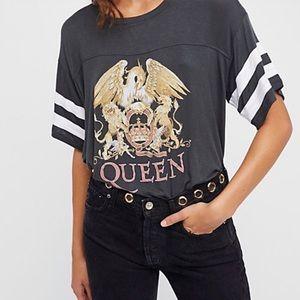 Free People: Queen Tee